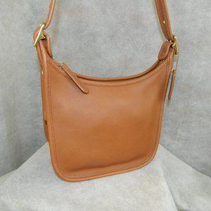COACH Near Vintage Janice Legacy Bag British Tan